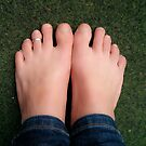 Bare feet by OLIVER W