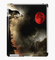 under a blood red moon-ipad iPad Case/Skin