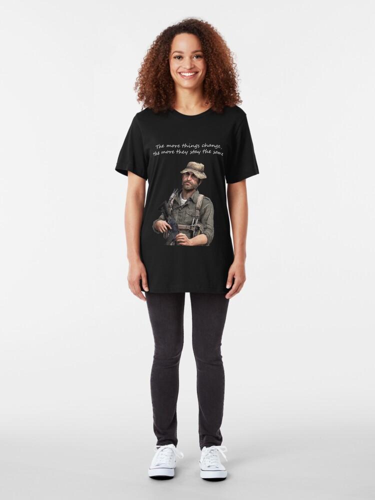Vista alternativa de Camiseta ajustada Cuantas más cosas cambian, más se quedan igual