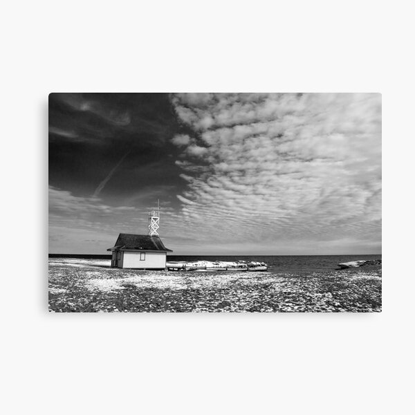 Leuty Lifeguard House In The Winter Canvas Print