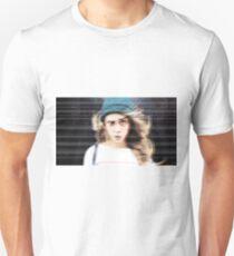 Cara 2 T-Shirt