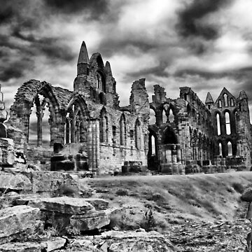 Whitby Abbey by tommysphotos