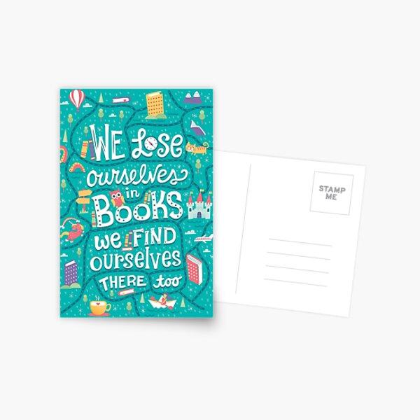 Verlieren wir uns in Büchern Postkarte