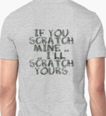 FATHERS DAY GIFT - THE  BACK SCRATCHER KIT! T-Shirt