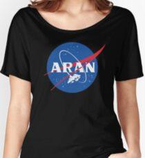 Camiseta ancha para mujer Programa espacial Metroid: sosteniendo la órbita