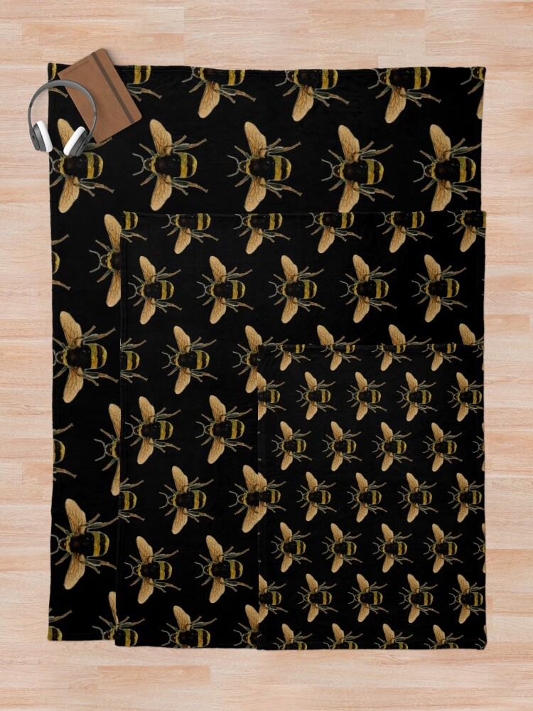 Alternate view of Bumble Bee Throw Blanket