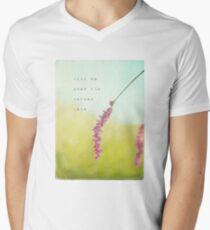 Kiss Me T-Shirt mit V-Ausschnitt für Männer