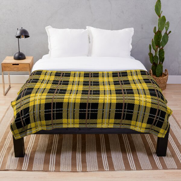House Tartan - Huffle Throw Blanket