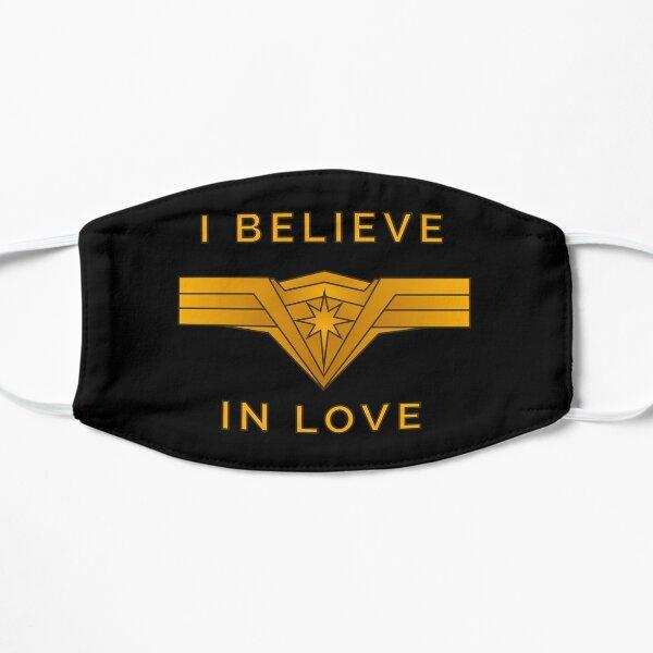 Je crois en l'amour Masque sans plis