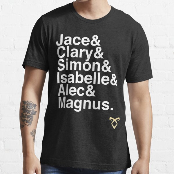 TMI main characters Essential T-Shirt