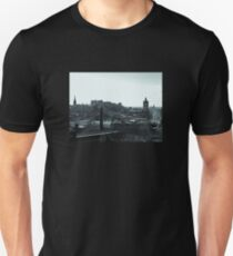 Edinburgh Skyline. T-Shirt