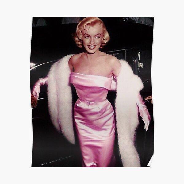 Marilyn Monroe in pink Poster