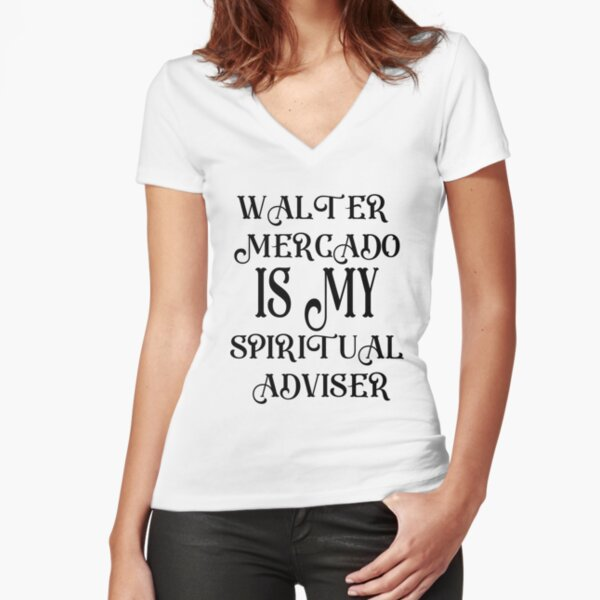 WALTER MERCADO ES MI ASESOR ESPIRITUAL Camiseta entallada de cuello en V