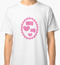 Love heart speaking on a cameo Classic T-Shirt