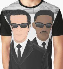 I Make This Look Good Graphic T-Shirt