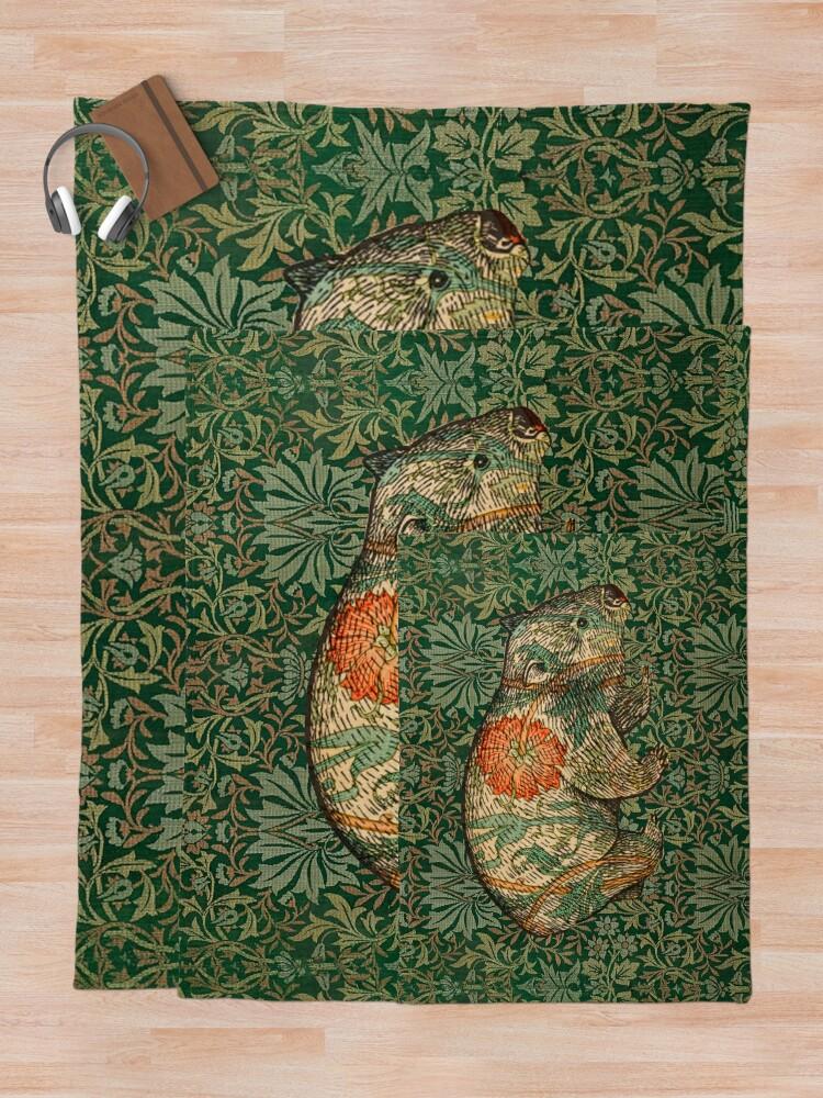Alternate view of Rossetti's Wombat in Green Flower Garden Throw Blanket