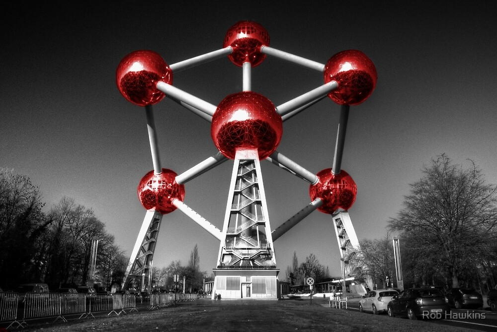 Red Atomium part deux by Rob Hawkins