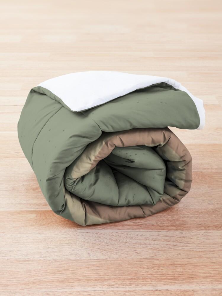 Alternate view of Comic story teller Comforter