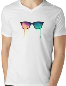Psychedelic Nerd Glasses with Melting LSD/Trippy Color Triangles Mens V-Neck T-Shirt