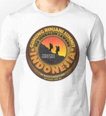 Mt Rinjani Summit Tshirt Unisex T-Shirt