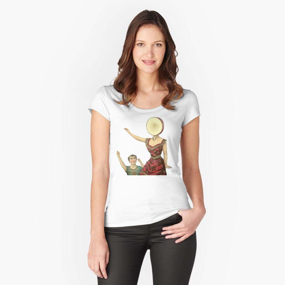 Neutrales Milchhotel Tailliertes Rundhals-Shirt