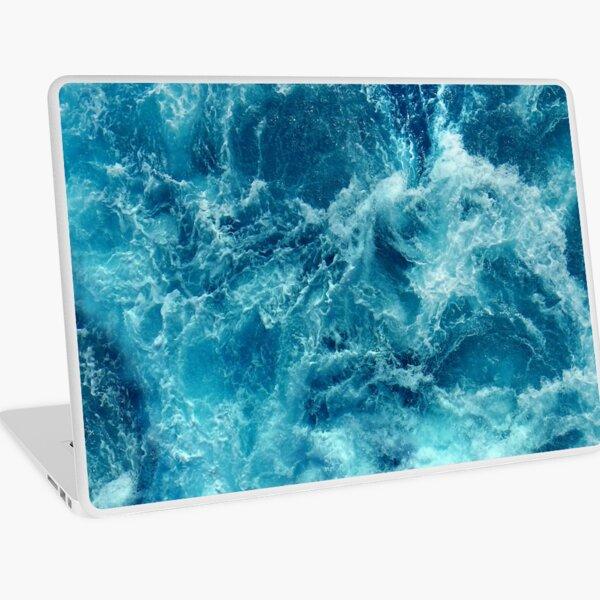 Ocean is shaking Laptop Skin