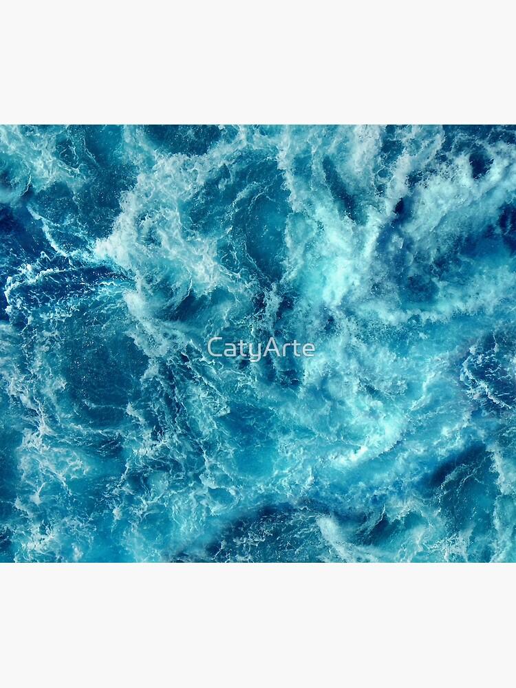 Ocean is shaking by CatyArte
