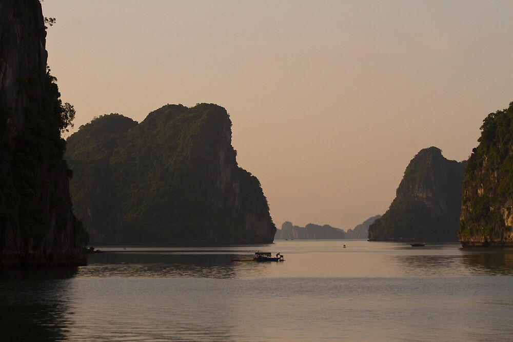 Dusk on Halong Bay by byronbackyard