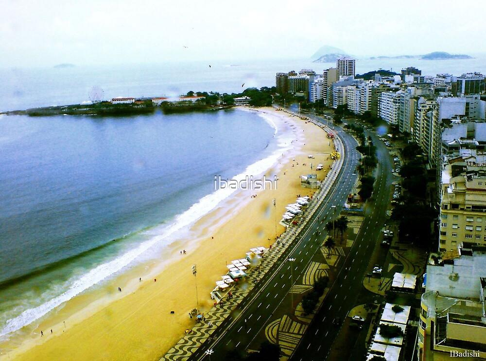 Copacabana's Curve on a Rainy Day by ibadishi