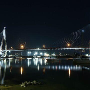 Anzac Bridge at Night by skeeter