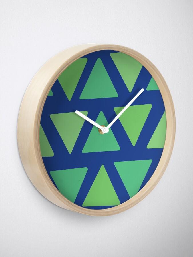 Alternate view of Grassy Midnight Clock