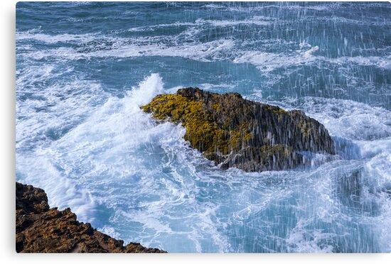 Crashing Waves at La Chocolatera, Ecuador by Paul Wolf
