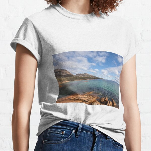 Honeymoon Bay Freycinet Tasmania Classic T-Shirt