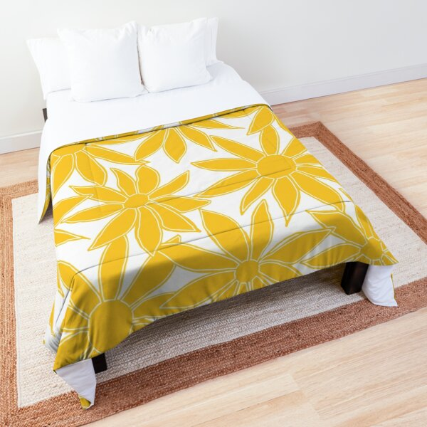 Painted Daisies fashion print, large-scale digital floral, sunshine yellow on white Comforter