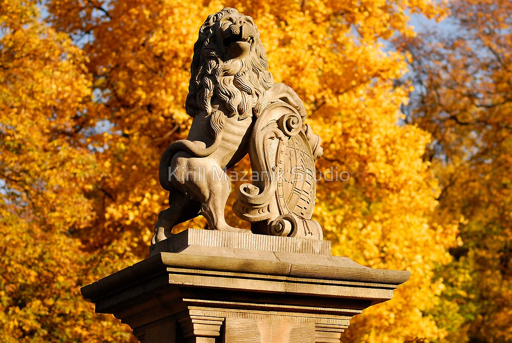 The autumn lion in Wernigerode by Kirill Mazanik