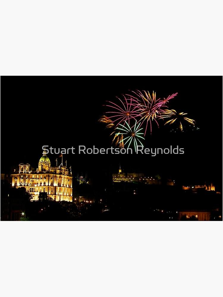 Edinburgh Castle Fireworks by Sparky2000