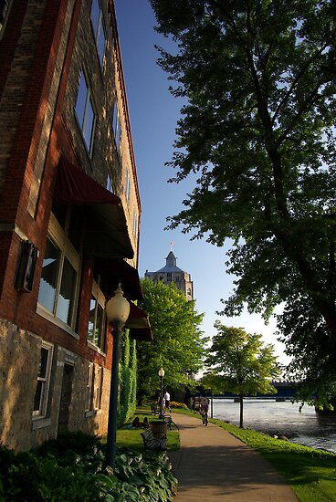 OLD BUILDING ALONG THE ROCK RIVER WALK by jclegge