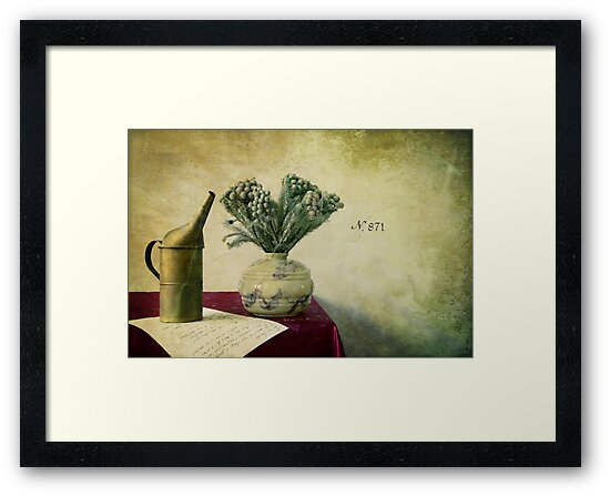 « Old watering can and romantic letter » by Thierry Wojtczak