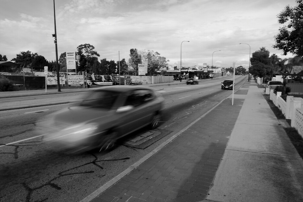 Car Canning Highway Perth by Andrew  Makowiecki