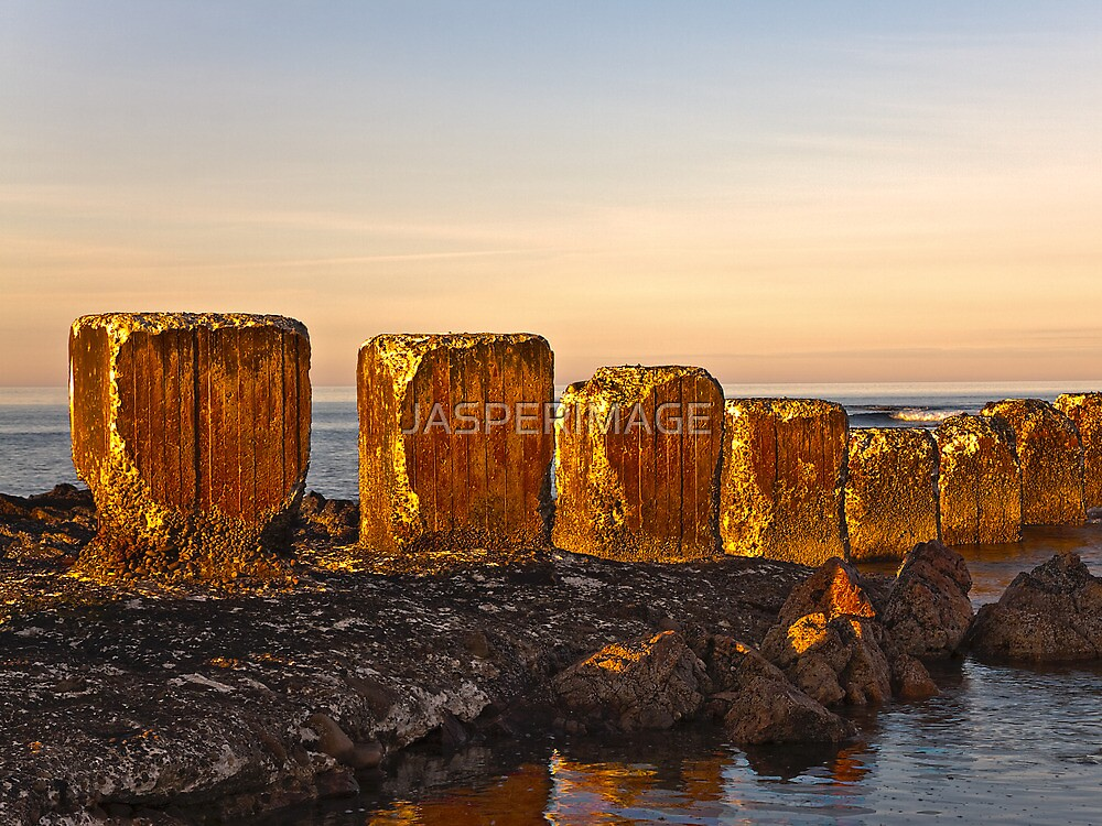 LOSSIEMOUTH - ANTI TANK BLOCKS by JASPERIMAGE