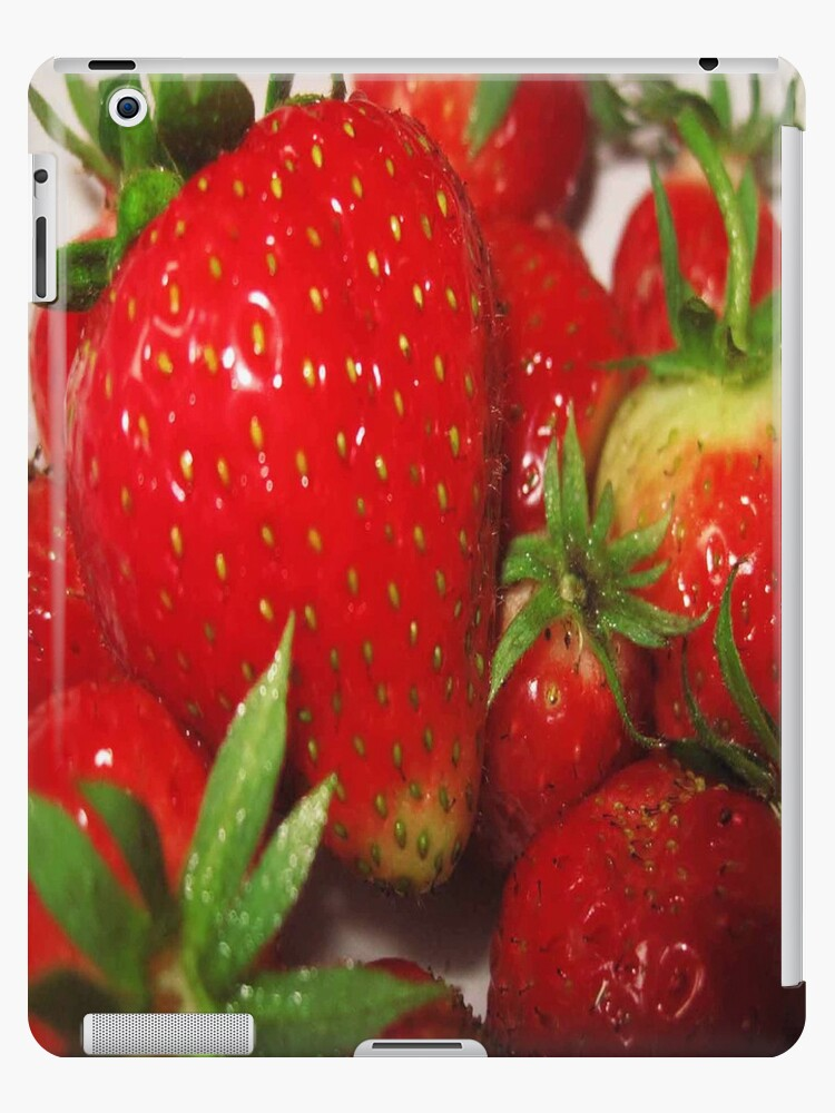 Home grown Strawberries by Yorkspalette