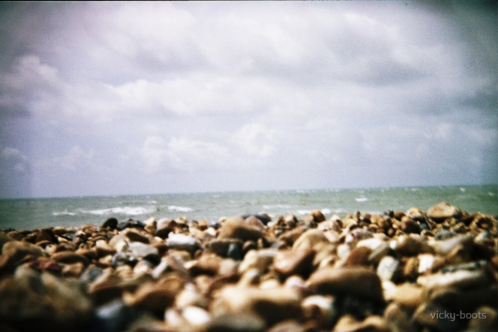 Brighton Beach  by vicky-boots