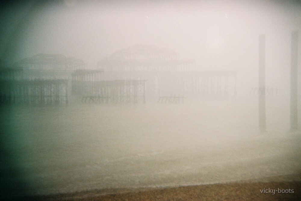 West Pier, Brighton by vicky-boots