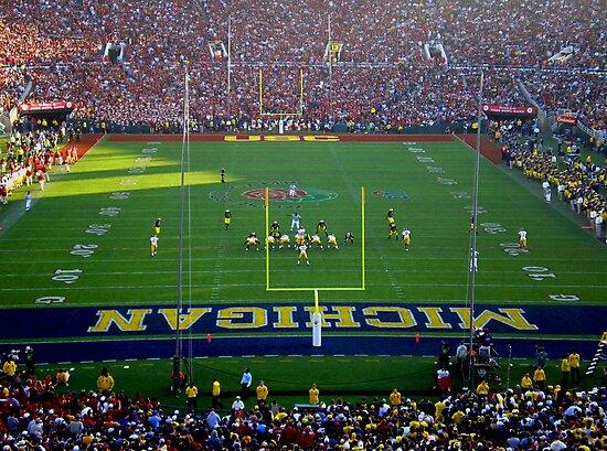 ROSE BOWL JANUARY 2007 MICHIGAN vs. USC PASADENA CALIFORNIA by photographized