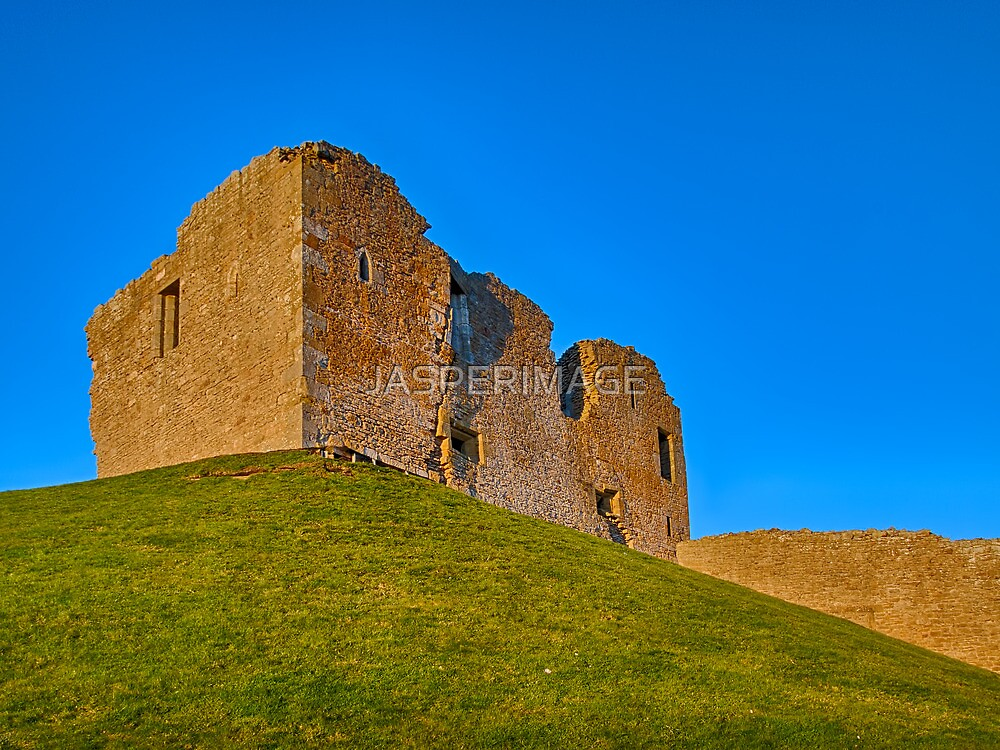 DUFFUS CASTLE IN THE BLUE by JASPERIMAGE