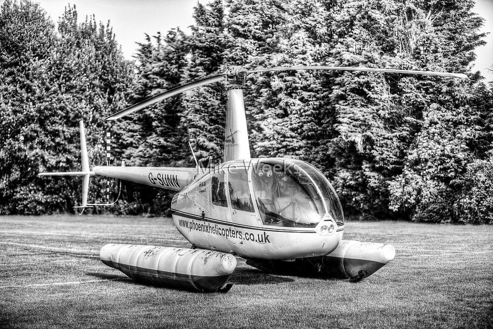 Robinson R44 by Mike Weeks