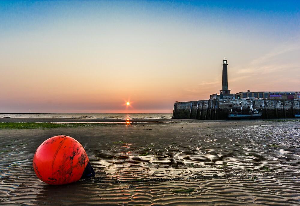 Margate Beach low tide by Ian Hufton