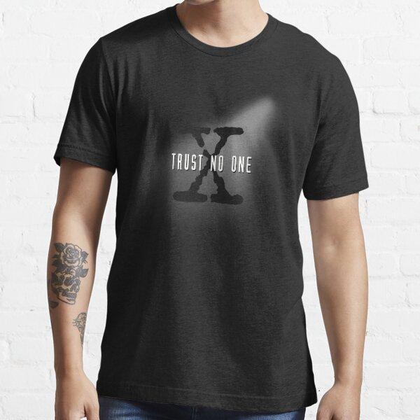 Trust No One Essential T-Shirt