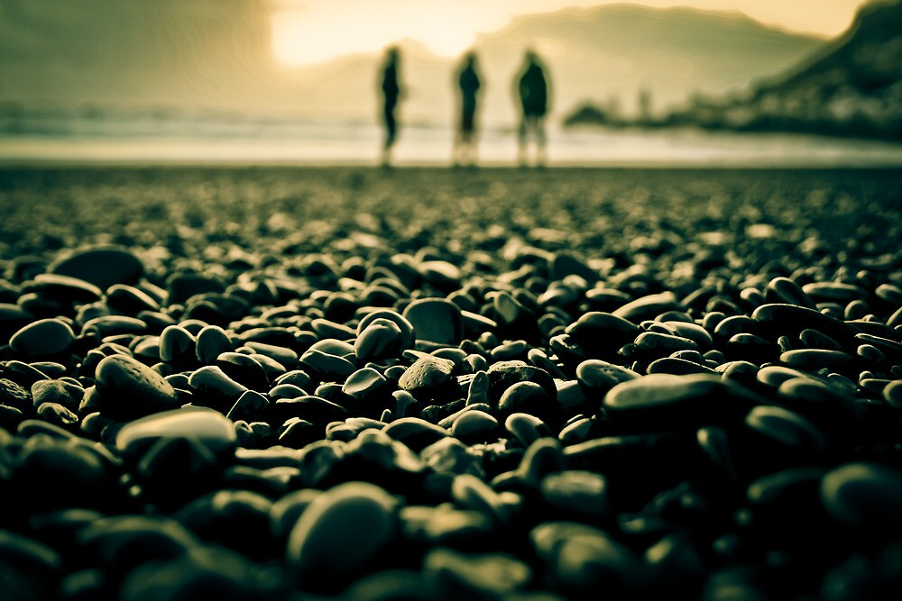 Silhouette Black Pebble Beach in Iceland by dapedwa