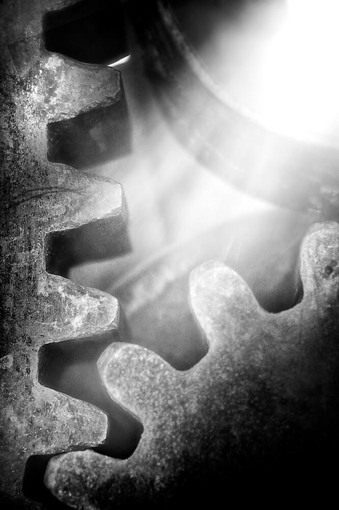 Gearlight by Bob Larson